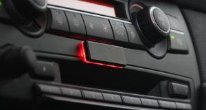 strip-dashboard-3